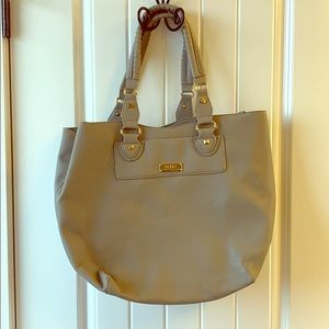 BCBG shoulder tote w/ crossbody included